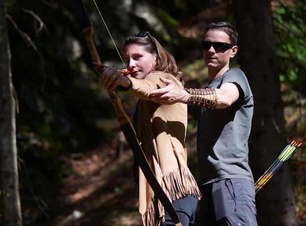 Archery with guide